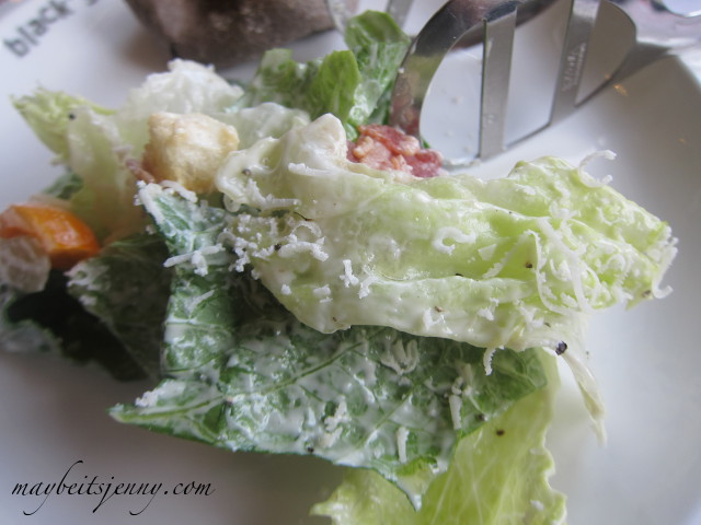 Another shot of this salad.  The dressing looks thick but it didn't taste that way at all.  The lettuce was so fresh and crisp...I loved it, wish I could get it here!